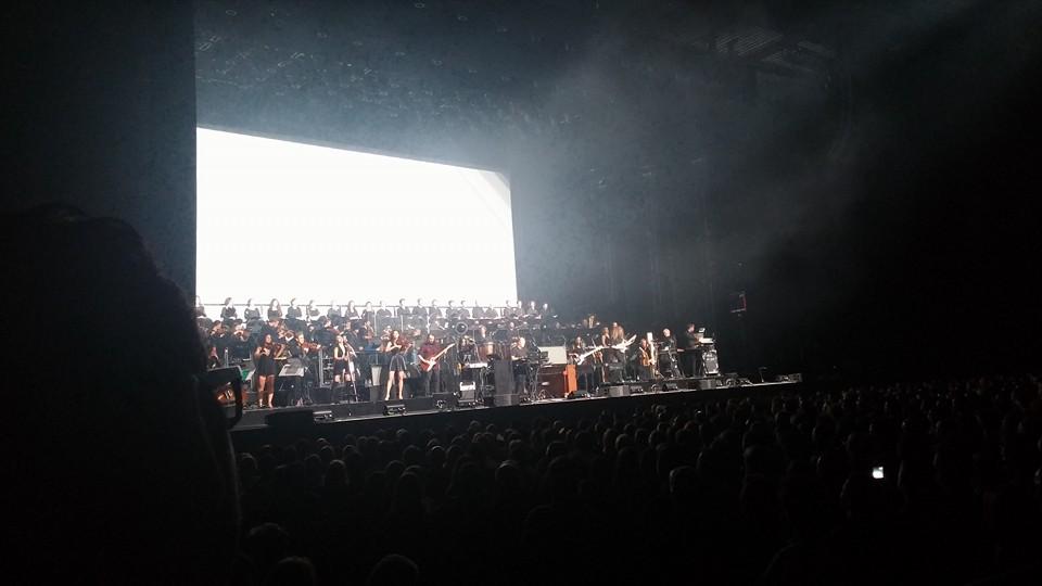 Hans Zimmer est un compositeur multi-facettes : classique, métal, électro... Voilà autant de genres qu'il exploite avec maestria.