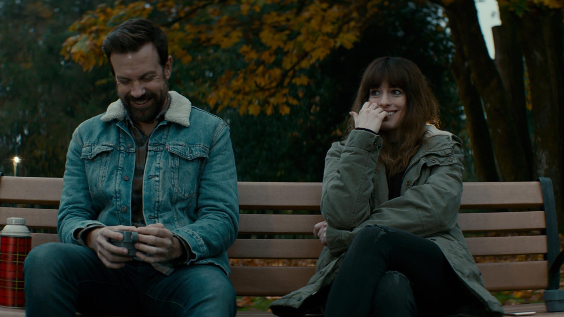"""""""Ahahah ! Qu'est-ce qu'on s'amuse sur ce banc ! Attends que je devienne un gros taré, tu vas voir..."""""""